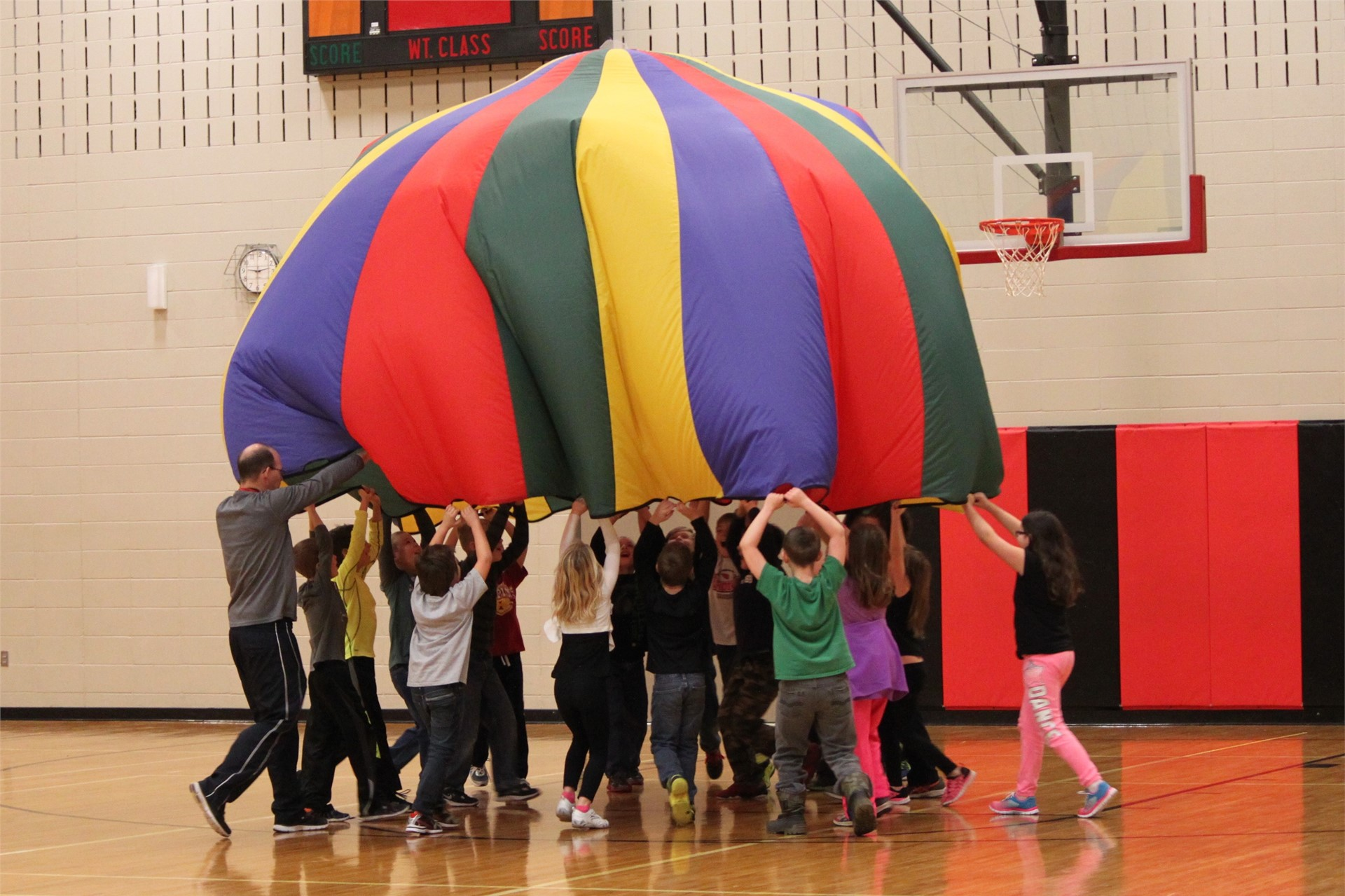 Parachute Fun in 3rd Grade PE