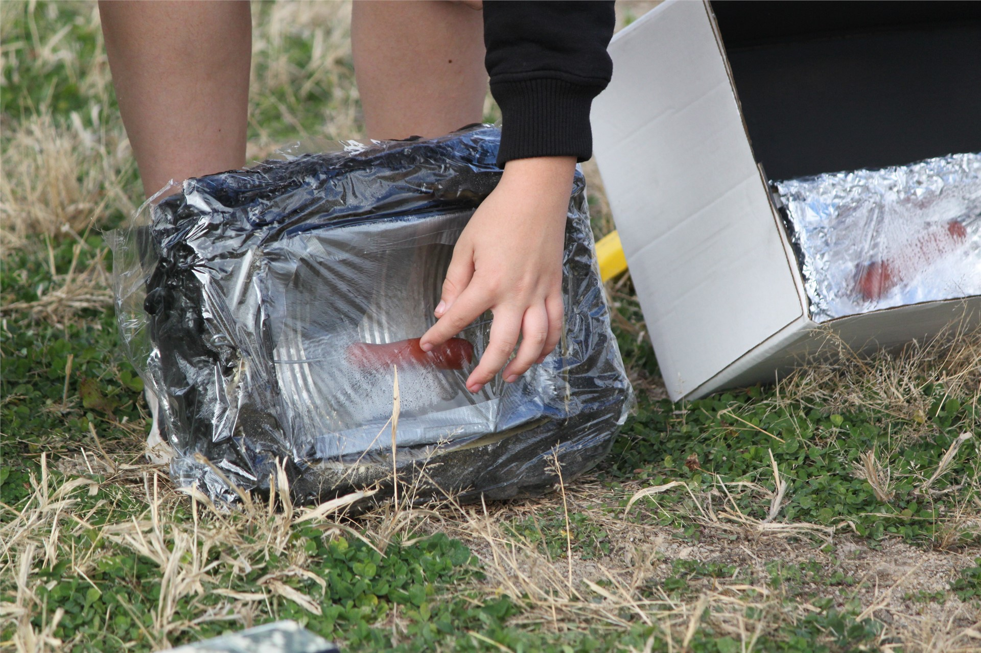 6th Grade Solar Cooker Contest