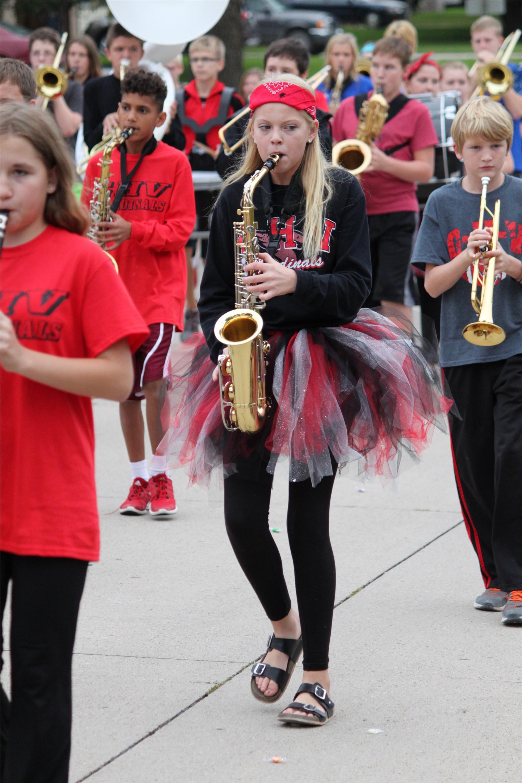 JH Band Homecoming Parade 2016