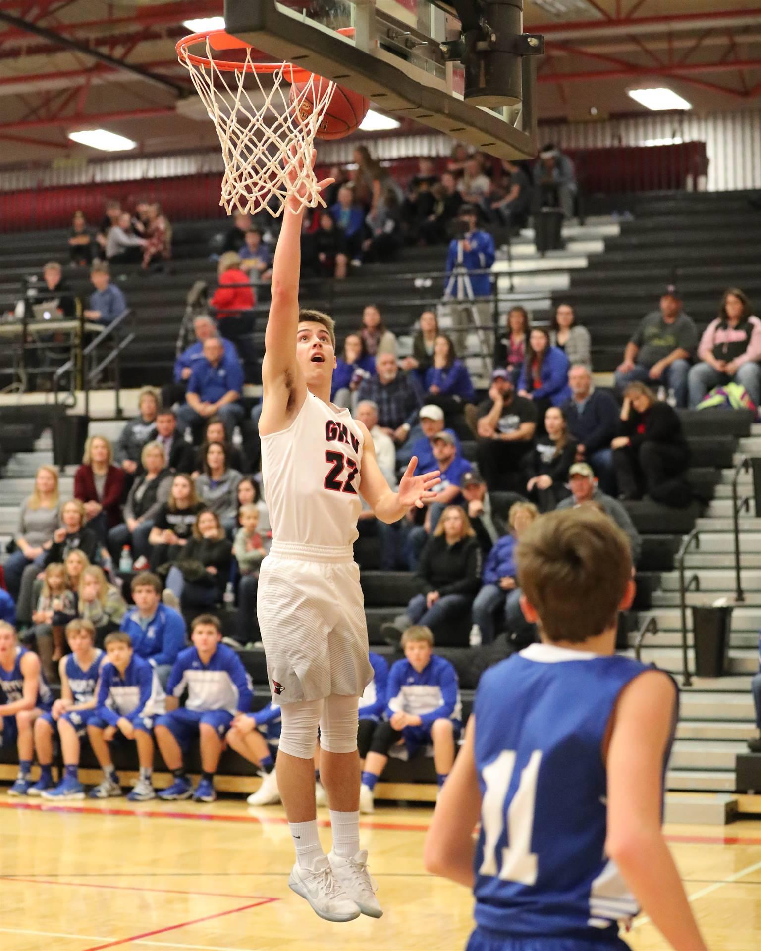 Basketball player shooting the basketball