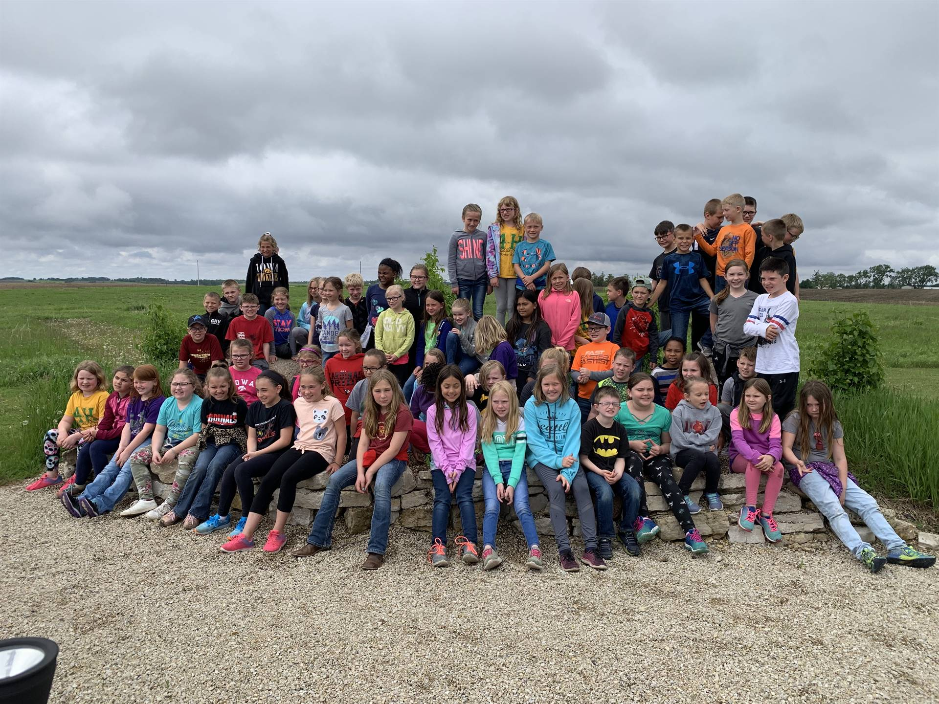 Students lined up for photo at the Fossil & Prairie Center