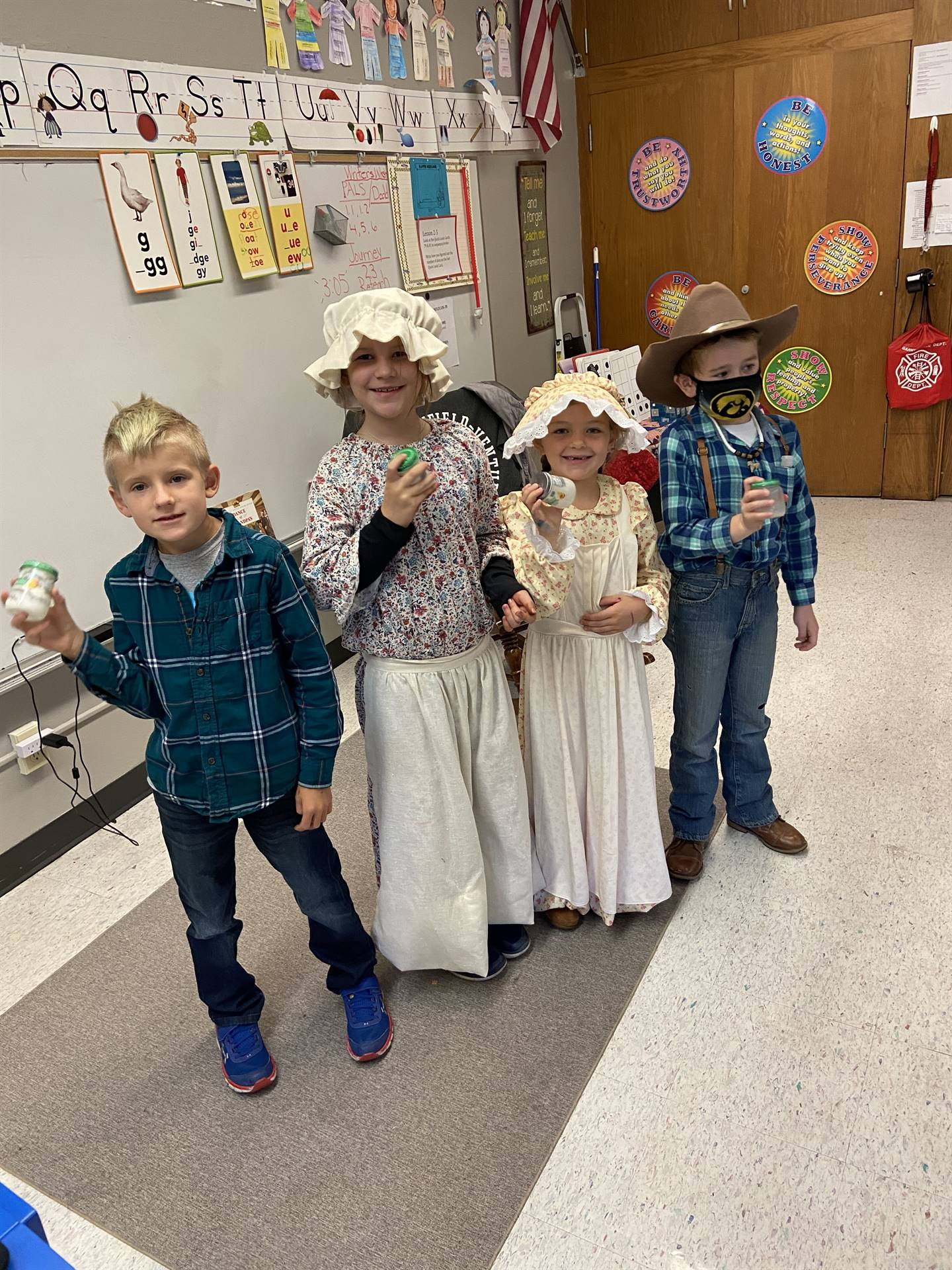 Second grade students dressed as pioneers